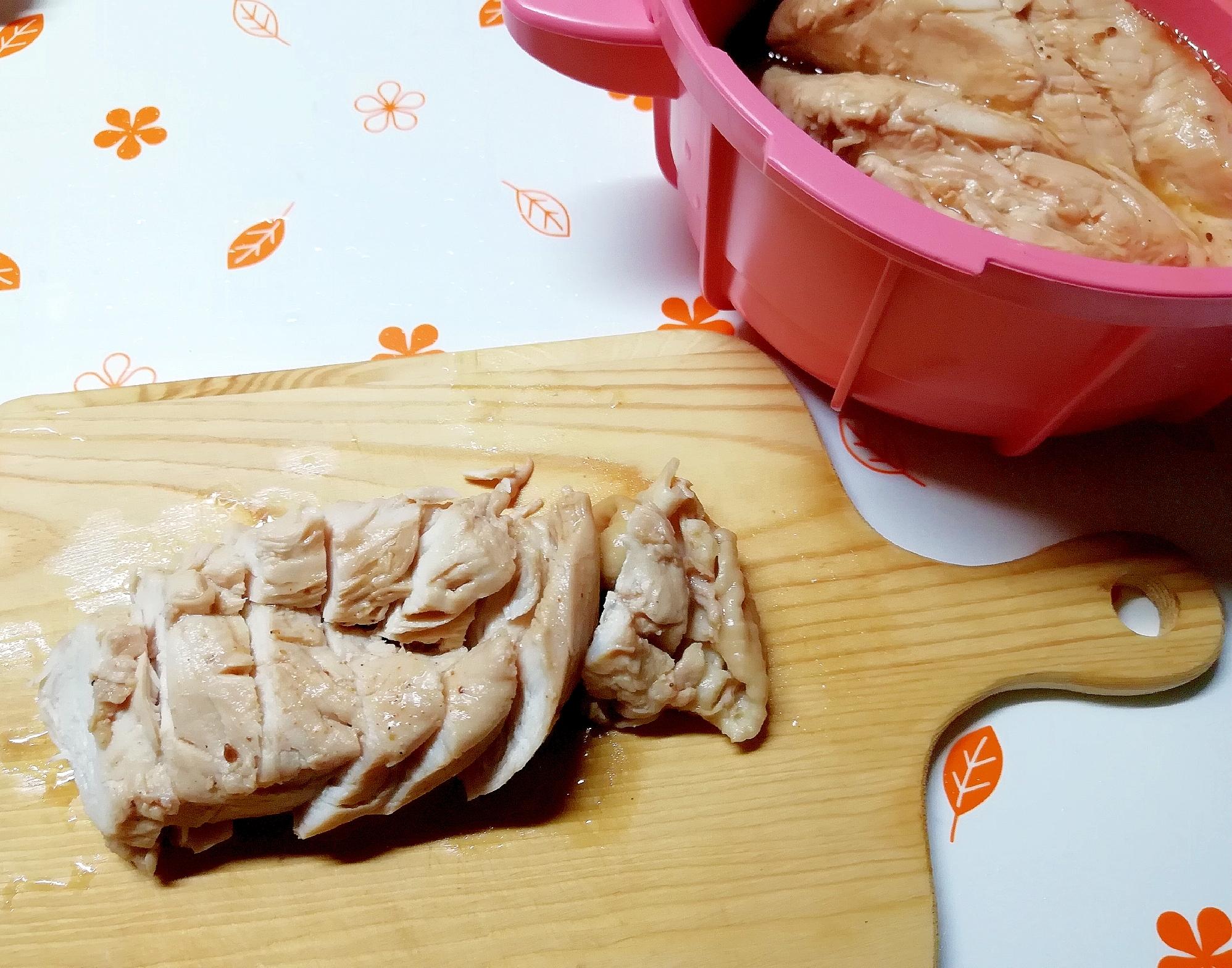 塩糖水でしっとり、鶏むね肉でチャーシュー