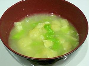 油揚げと白菜のお味噌汁
