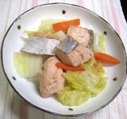 野菜も一緒にどうぞ☆鮭と野菜の蒸し焼き