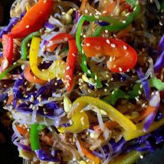 きくらげと彩り野菜のたっぷるりチャプチェ