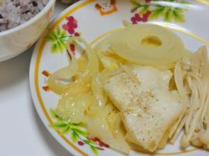 カレイのバター蒸し