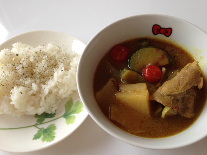 残った豚汁で☆夏野菜スープカレー
