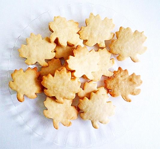 5.メープルリーフクッキー