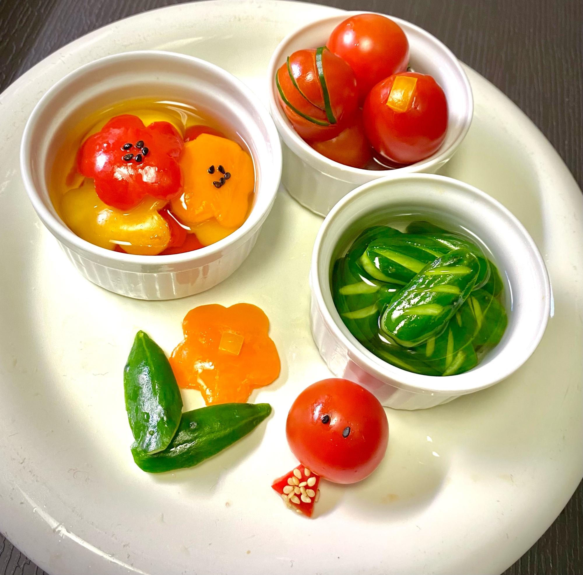お弁当に! 彩り野菜のピクルス
