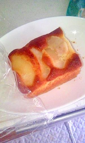 ホットケーキミックスで梨のパウンドケーキ