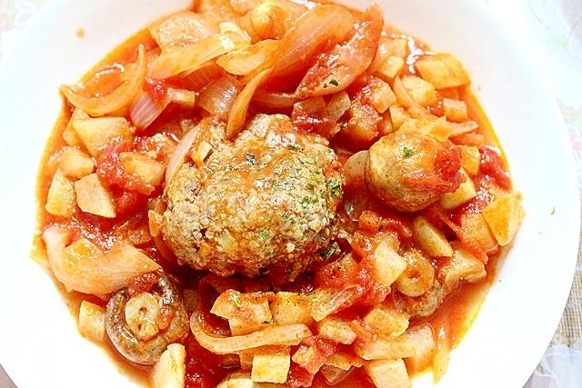 野菜たっぷり★トマト煮込みハンバーグ