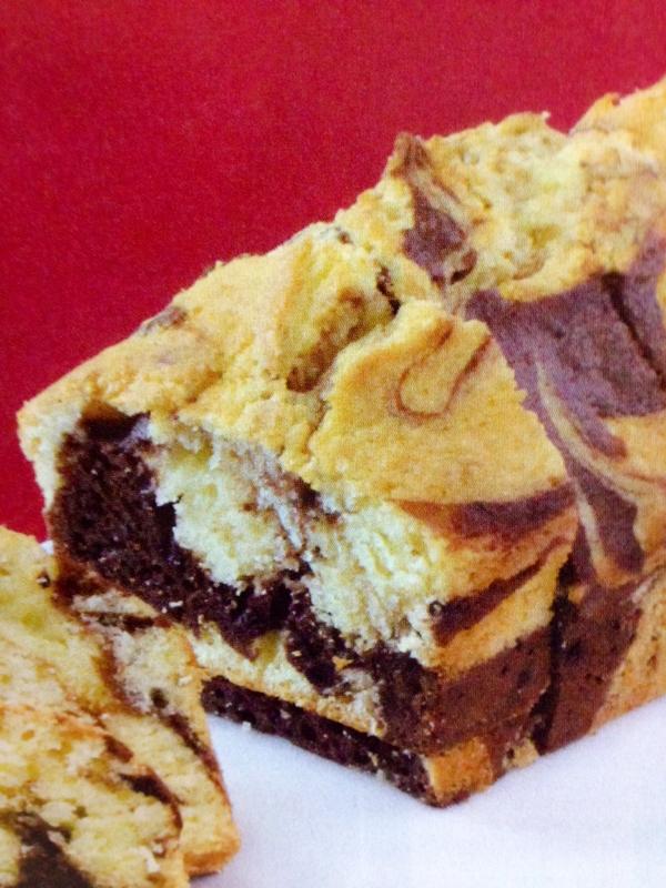 チョコレートマーブルケーキ