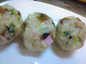 ばら寿司おにぎり
