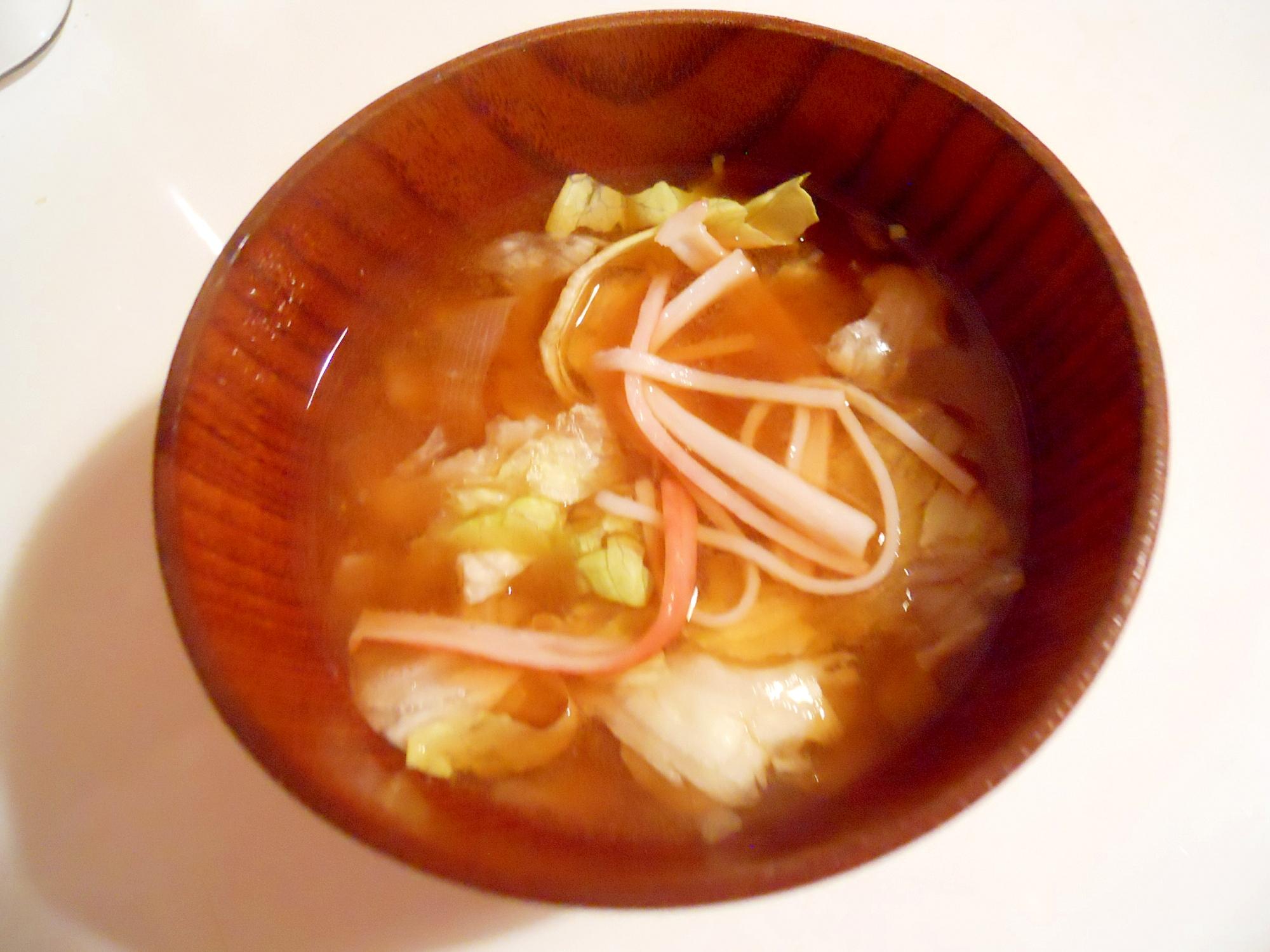 簡単に☆玉ねぎ&レタス&カニカマのお味噌汁