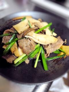 牛肉とエリンギのオイスターソース炒め