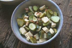 高野豆腐ときゅうりの梅サラダ