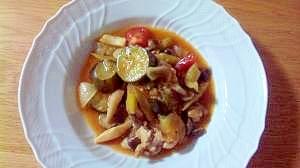 チキンと夏野菜の煮込み