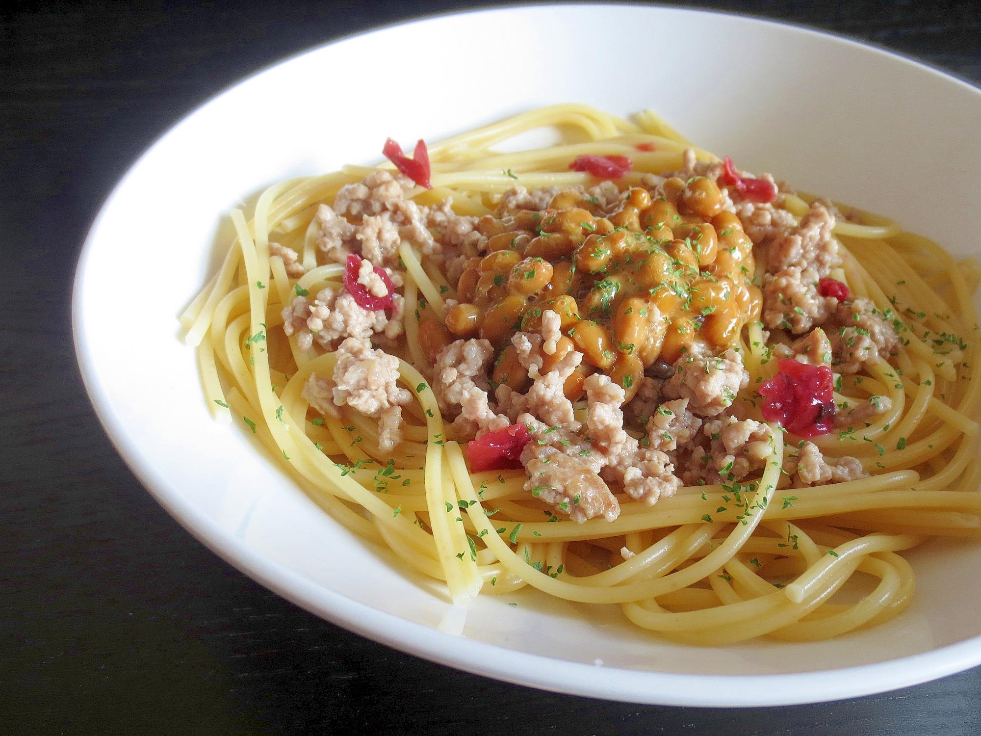 4.納豆とひき肉のパスタ