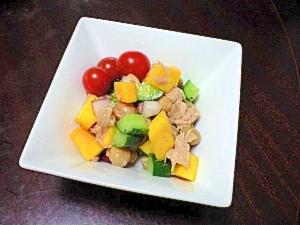 カリポリ軽い食感が楽しい♪コリンキーのサラダ