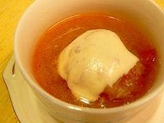 まるごとトマト入り★じっくり炒めたオニオンスープ