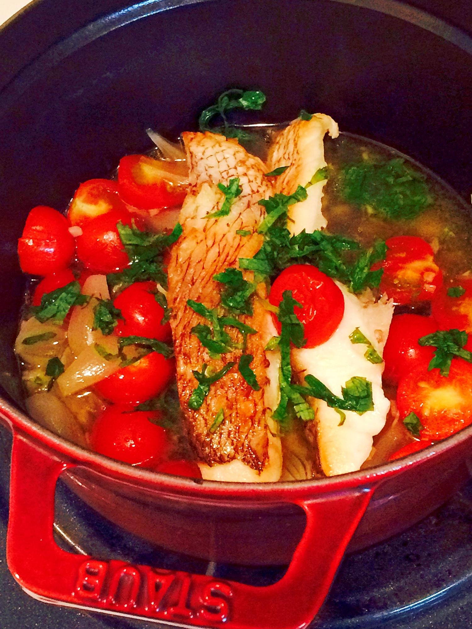 真鯛の切り身で!ストウブ鍋の簡単アクアパッツァ レシピ・作り方