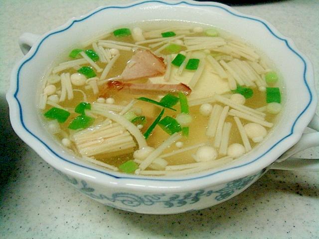 豆腐とチャーシュー、えのきの中華スープ