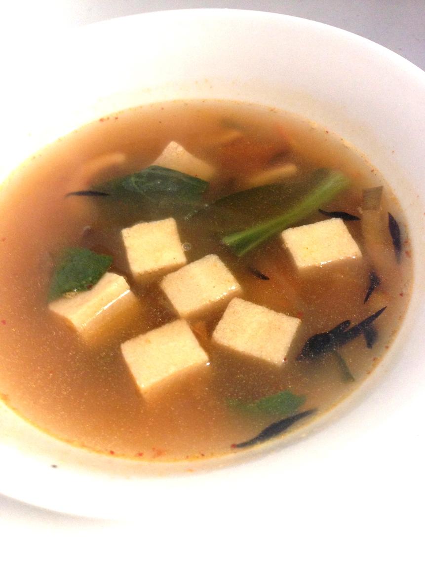 小松菜のキムチと高野豆腐のスープ