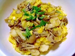 たたき山芋の舞茸卵とじ丼