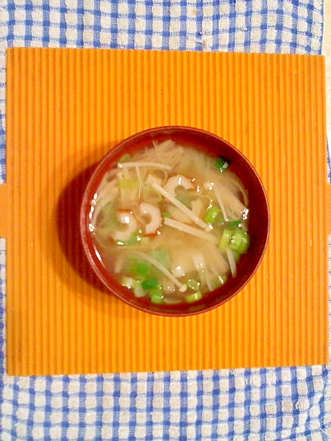 エノキと竹輪の味噌汁♪