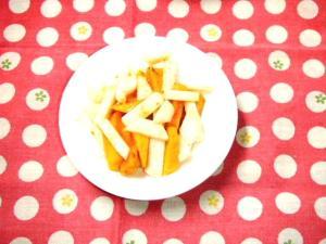 富有柿と小カブのサラダ