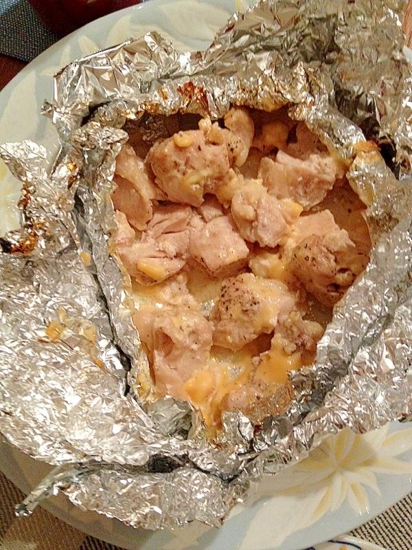 魚焼きグリルで簡単!胸肉とチーズのホイル焼き
