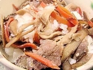 めっちゃ美味しい☆舞茸と牛蒡と豚肉の混ぜご飯