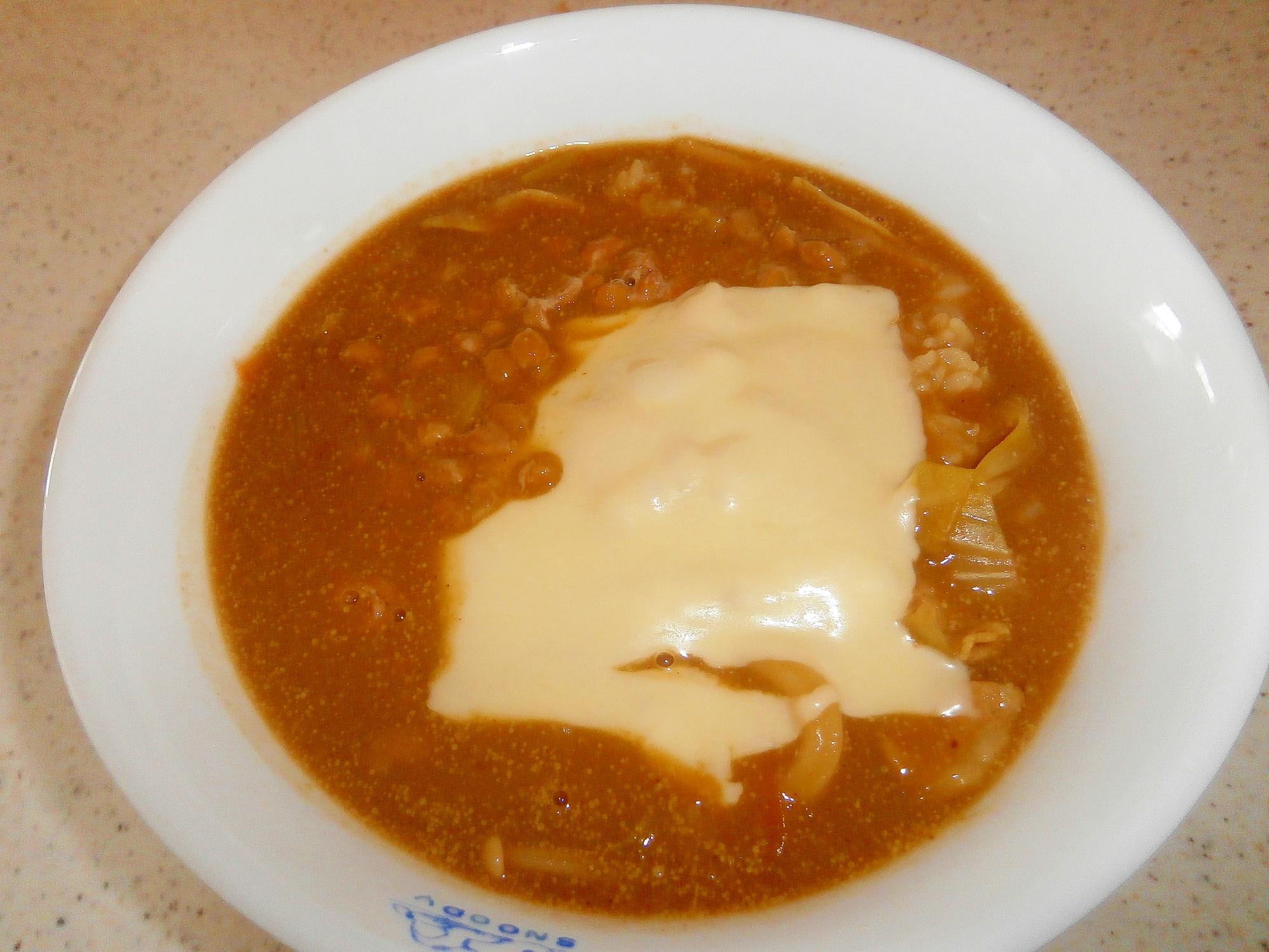 カレーうどんの残ったつゆで☆納豆チーズカレー雑炊