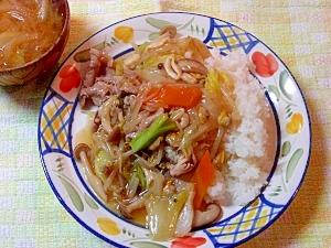 たっぷりお野菜の中華丼♪