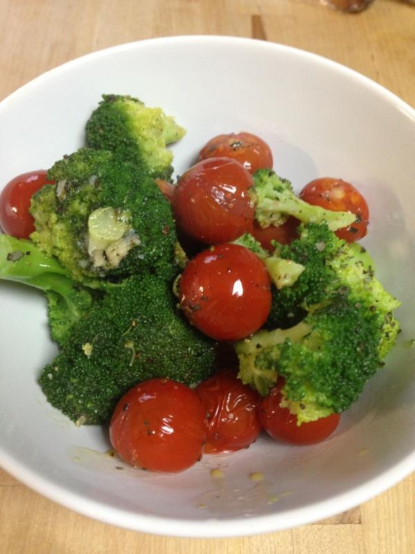 プチトマトとブロッコリーのアヒージョ風☆ レシピ・作り方