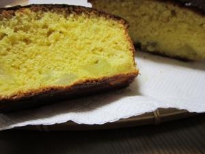 リンゴとホットケーキミクスで簡単パウンドケーキ