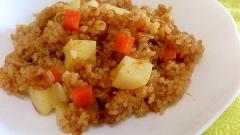 炊飯器で簡単☆炊き込みカレーライス
