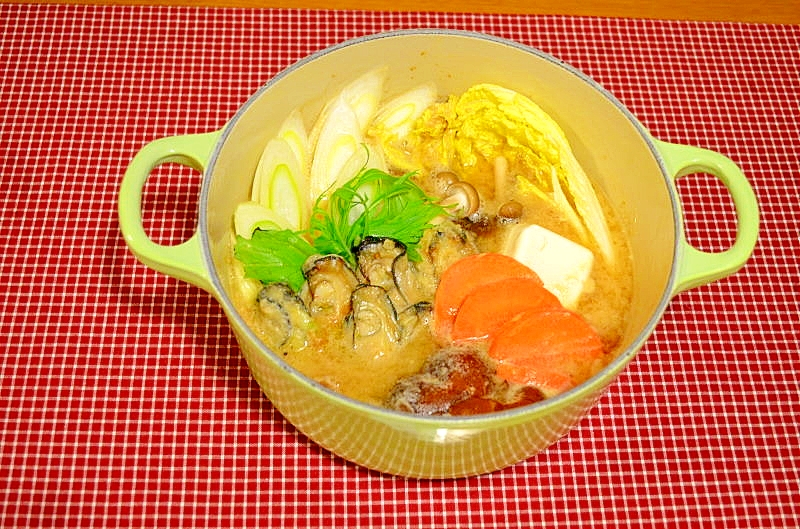 牡蠣のピリ辛みそ鍋