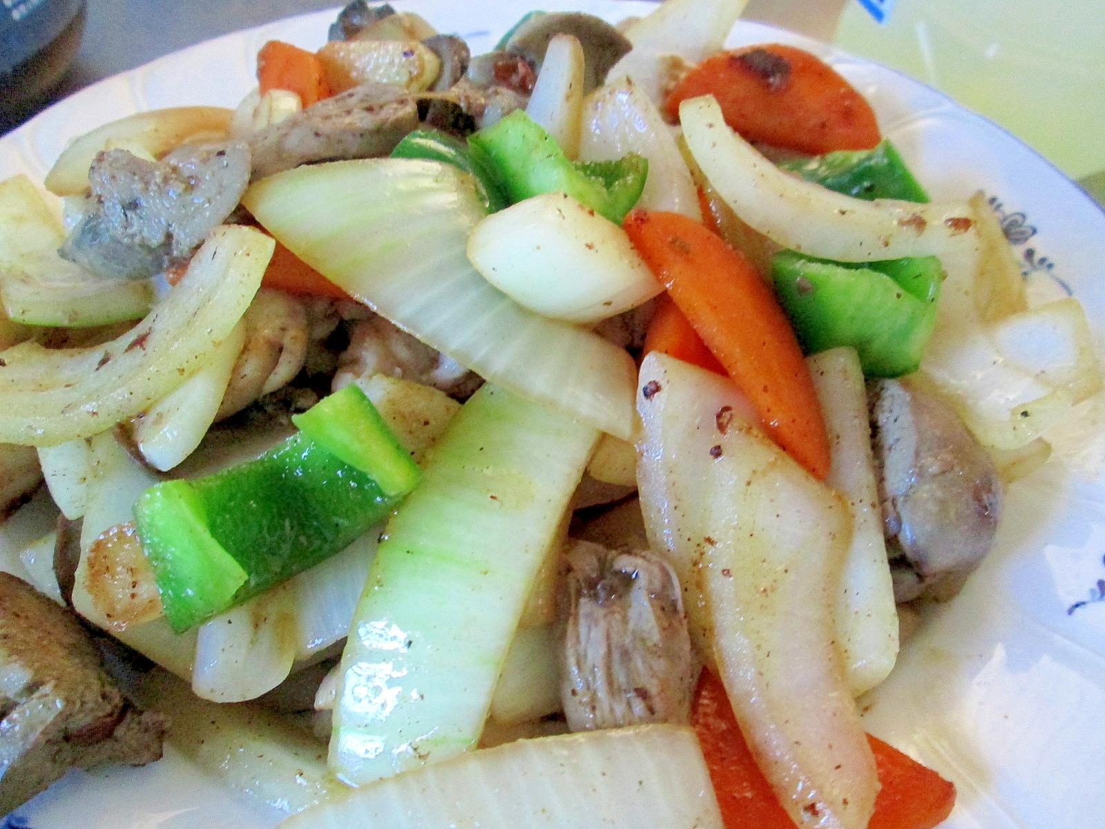 鶏レバーと野菜の炒め物