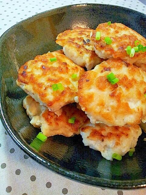 豆腐ハンバーグふわふわ豆腐とエリンギの鶏だんご