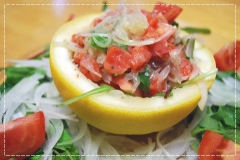 スモークサーモンとグレープフルーツサラダ