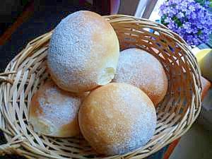 クリームチーズ生地のスイーツパン