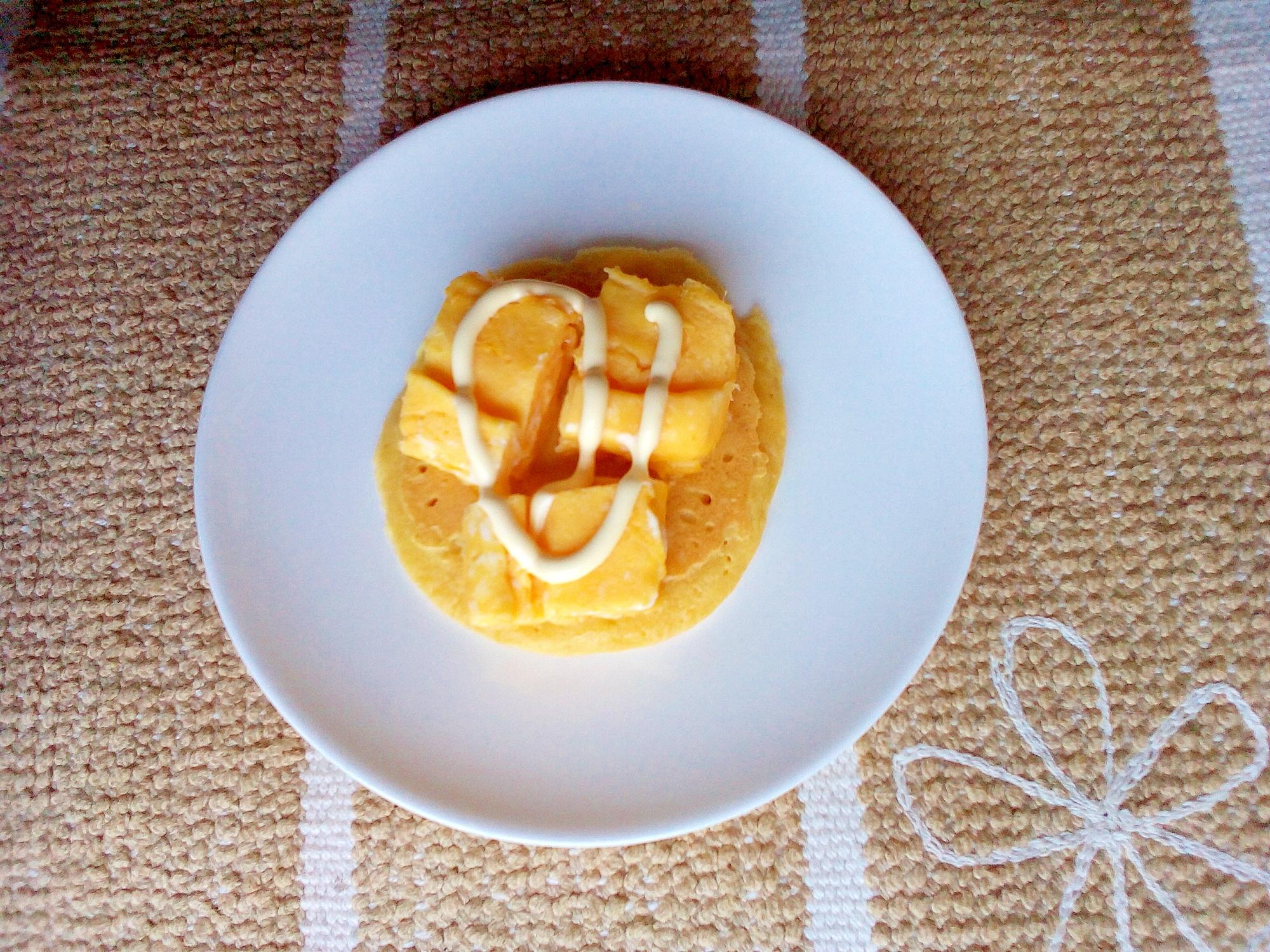 ふわふわ卵焼き乗せ大豆粉パンケーキ