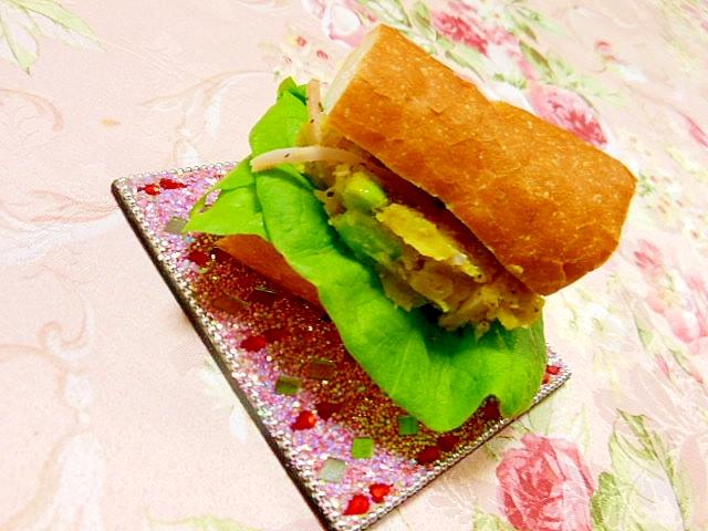 バゲットde薩摩芋サラダのバジルトースト