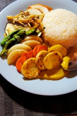 夏野菜の冷やしクリーミーかぼちゃカリー
