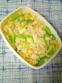 ☆イカと長ネギのガーリック炒飯のお弁当☆