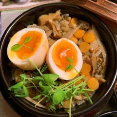 つぶ貝と根菜の旨味たっぷり釜飯