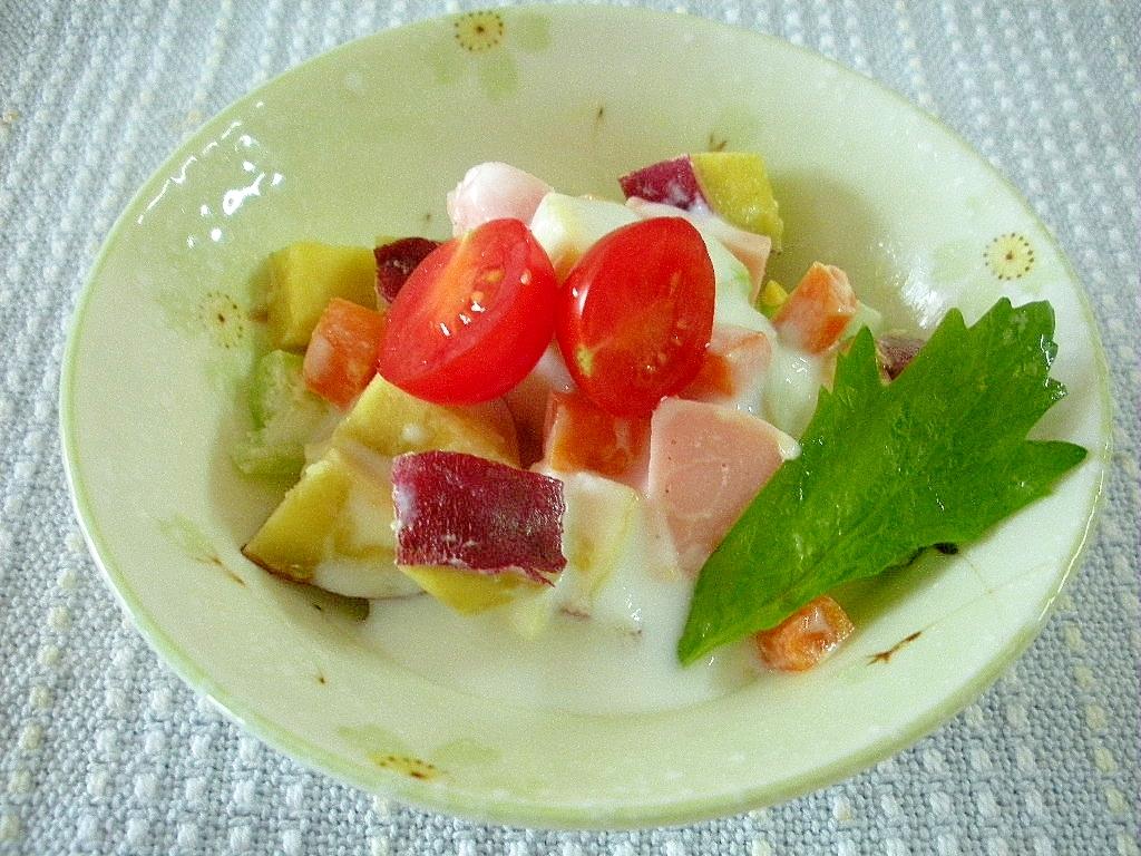 ☆さつまいもとハムの中華風ヨーグルトサラダ☆