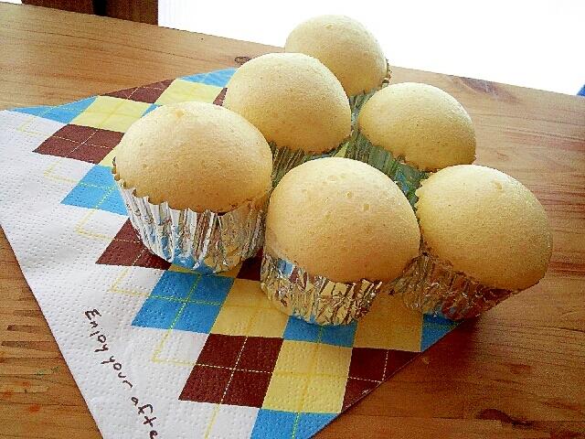 ナフキンの上にチーズ蒸しパン