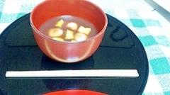 豆腐入り白玉だんごとさつまいも入りのおしるこ。