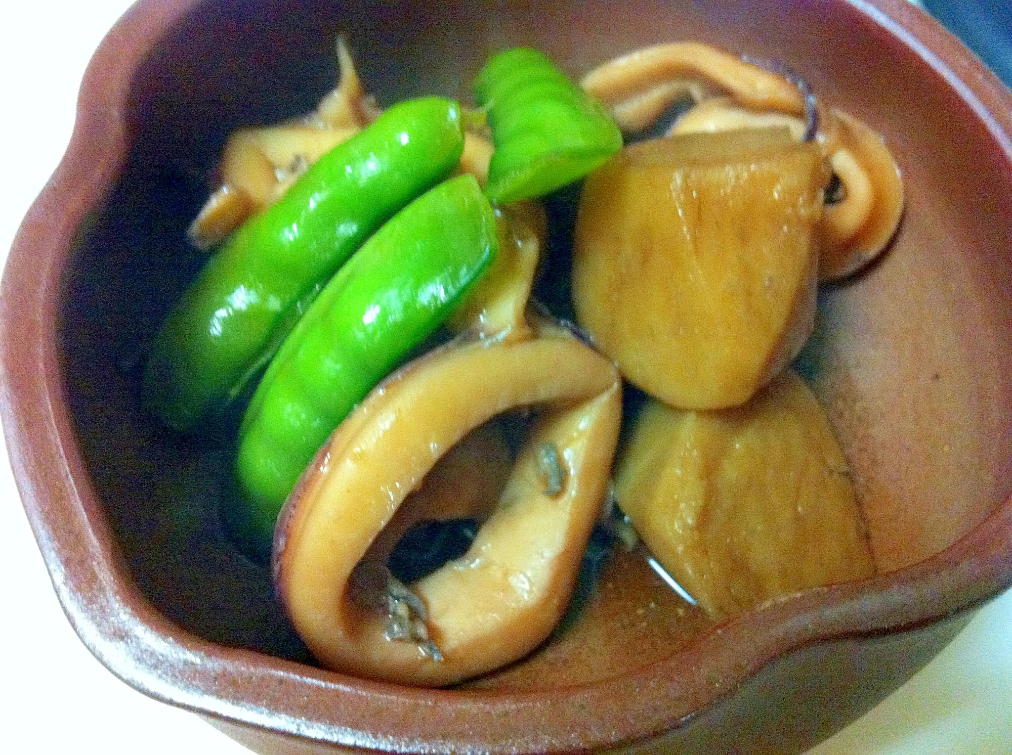 里芋と白イカの煮物