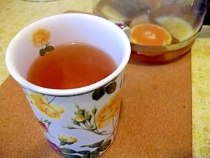 甘酸っぱい香りのフルーツ紅茶