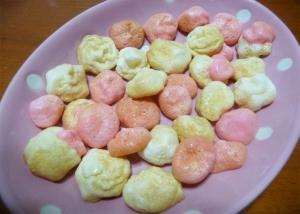 4. カラフルメレンゲクッキー
