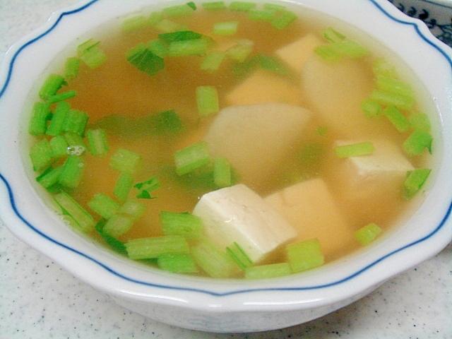 豆腐と長芋のコンソメスープ