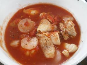 海老と鶏肉のトマトスープ